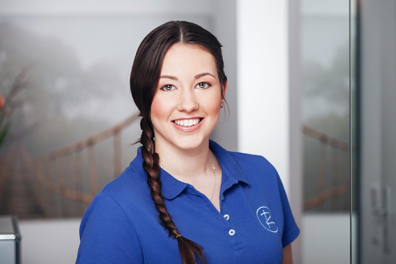 Portrait einer Zahnarzthelferin