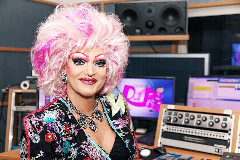 Pressefoto zu RuPaul's Drag Race mit Olivia Jones für TLC